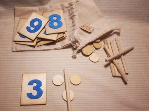 Montessori szülőknek Ösztönanyu Montessori eszközök