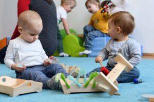 ösztönanyu montessori szülőknek, baba-mama foglalkozások 2