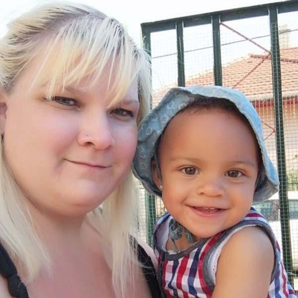 ösztönanyu montessori szülőknek, Harsányi Csilla